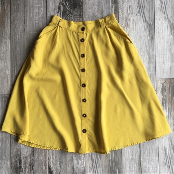 7d4ff594e Forever 21 Dresses & Skirts - Forever 21 Button Down Midi Skirt